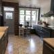 Klassisk kjøkken levert ærverdig villa på Cicignon